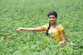 Uyirkkodi Tamil Movie Stills  0056.jpg