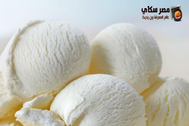 طريقة وخطوات عمل الآيس كريم بالكراملة Cream ice cream