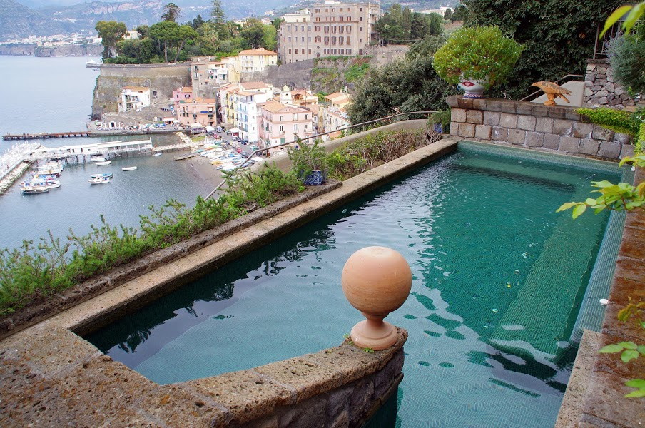 Maison La Minervetta Sorrento Cliff Side Swimming Pool