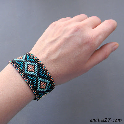 Купить браслет из бисера в этническом стиле. Интернет-магазин украшений из бисера.