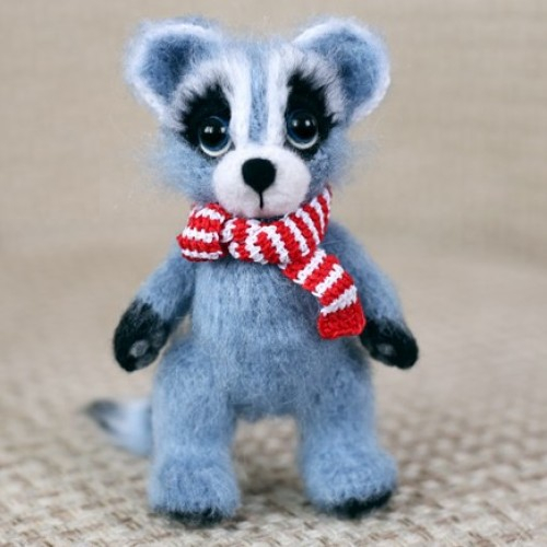 Ms Raccoon Amirugumi - Free Crochet Pattern