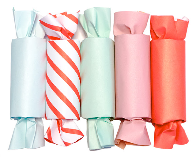 Holiday Paper Party Poppers | LLK-C.com