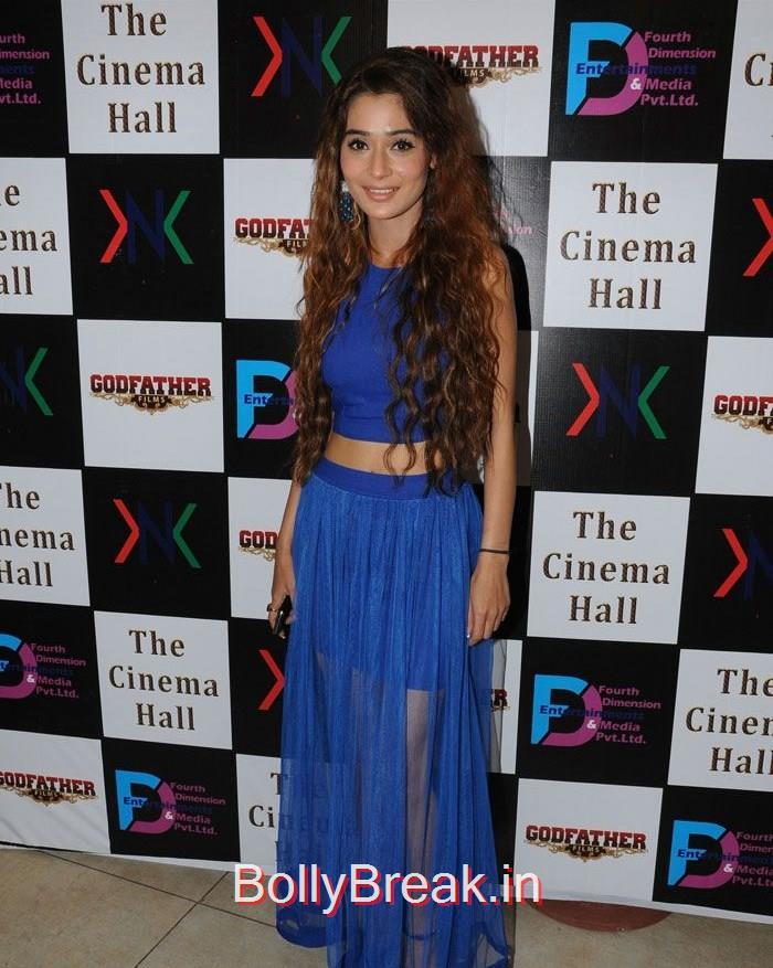 Sara Khan, Hot Pics of Sara Khan, Jesse Kaur At 'The Cinema Hall' Movie Launch