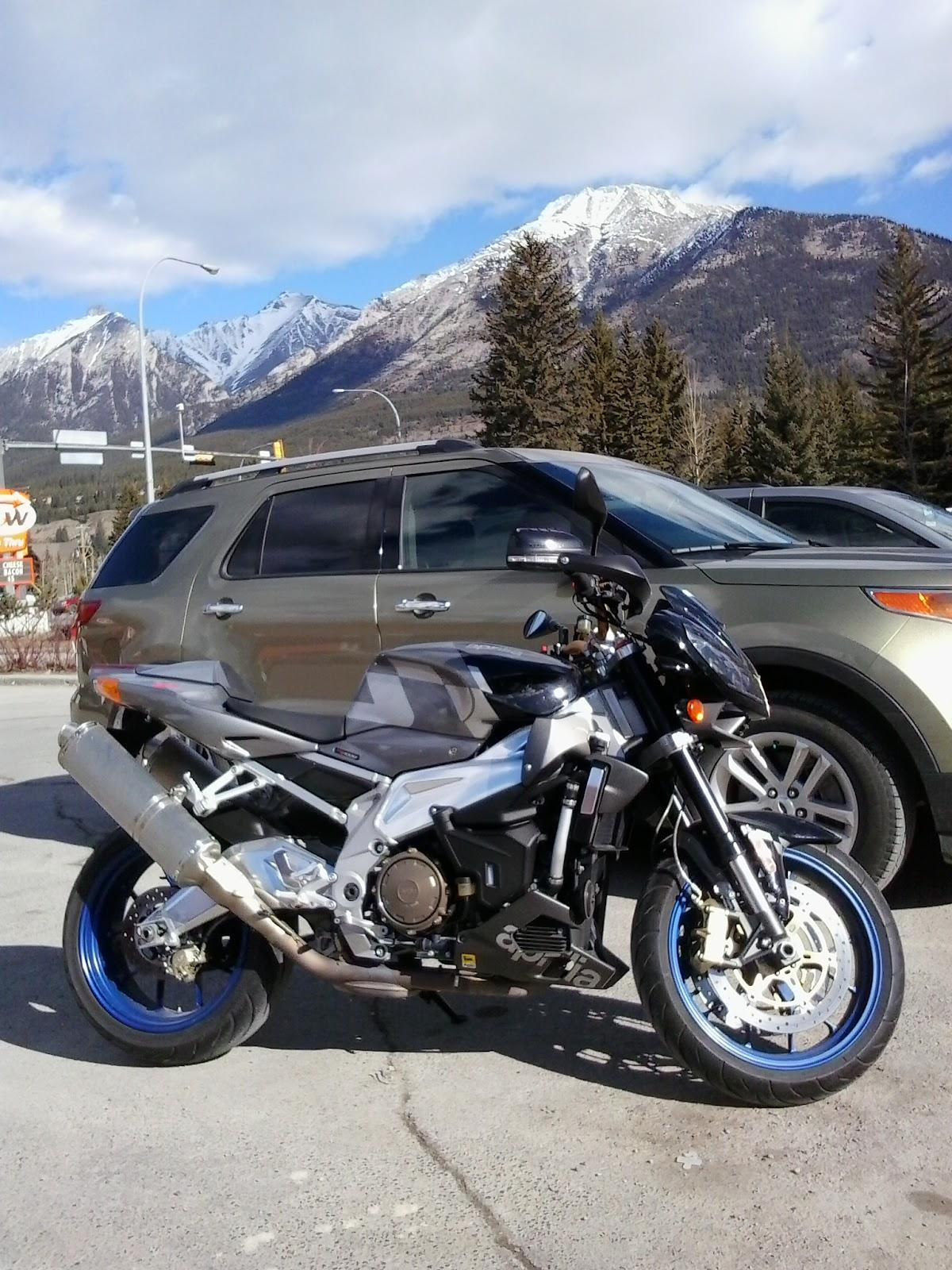 Aprilia Tuono 1000R Rocky Mountains