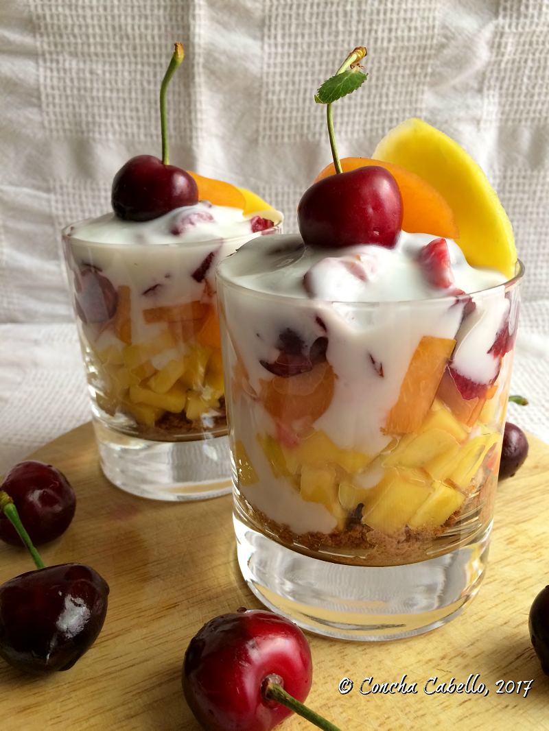 trifle-mango-albaricoque-cerezas