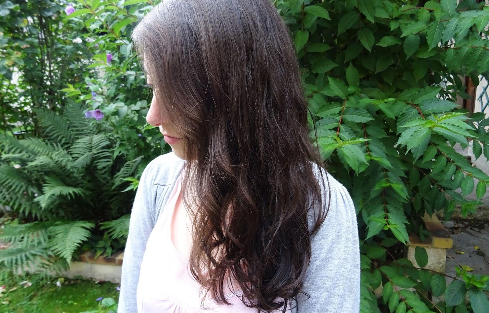 Mes cheveux avec l'Huile soleil Garnier à l'huile de Monoï et Néroli