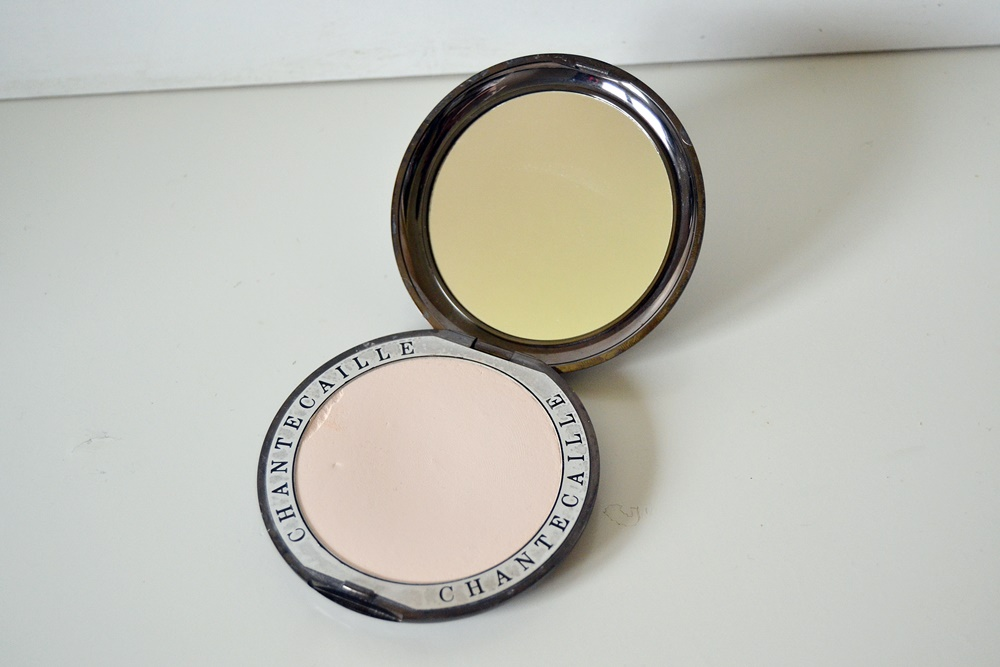 High Definition Perfecting Powder by chantecaille #15