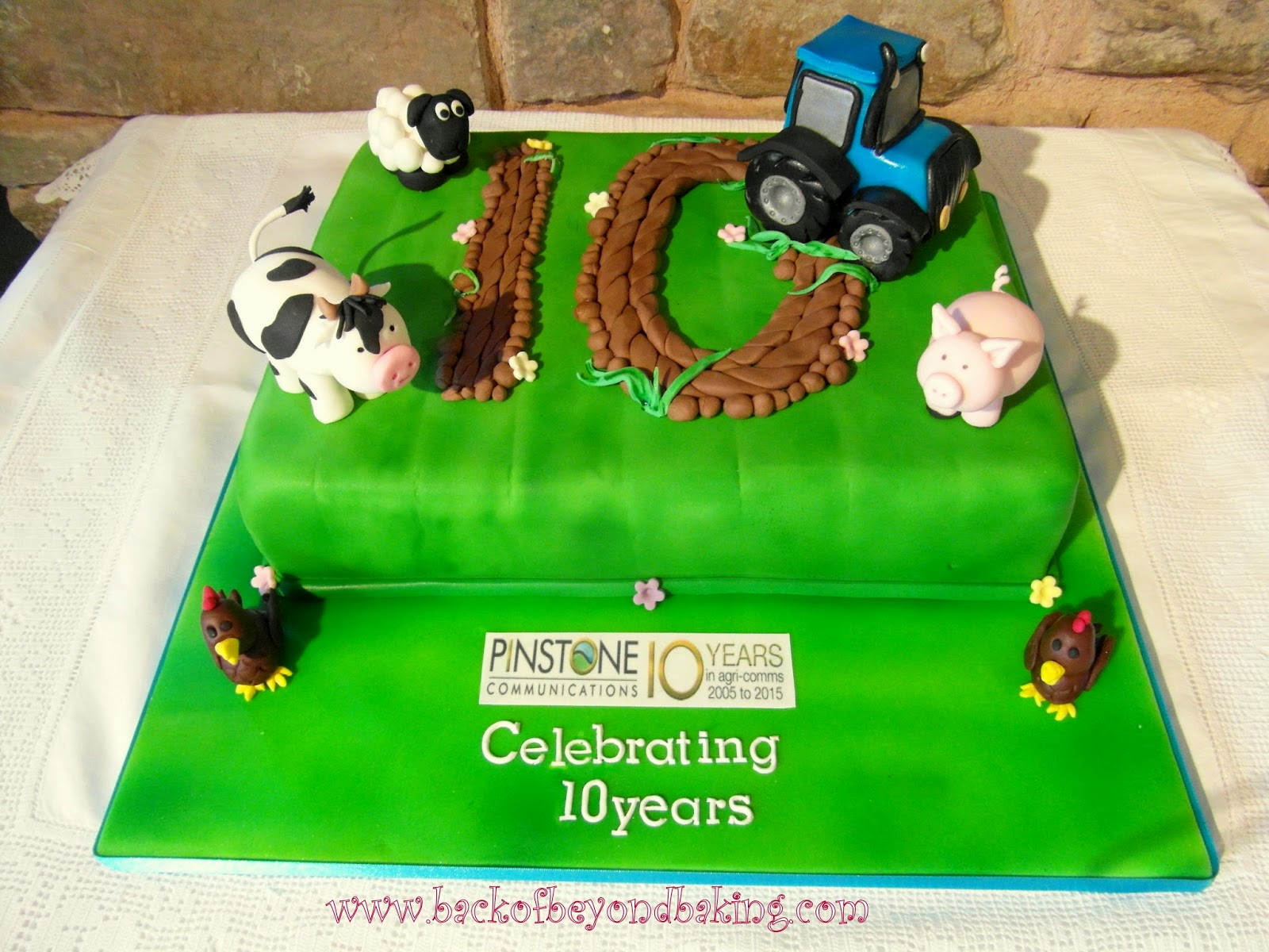 10th anniversary tractor and farm animals cake
