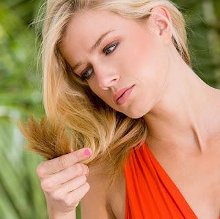Cara Paling Mudah Mengatasi Rambut Rontok Alami