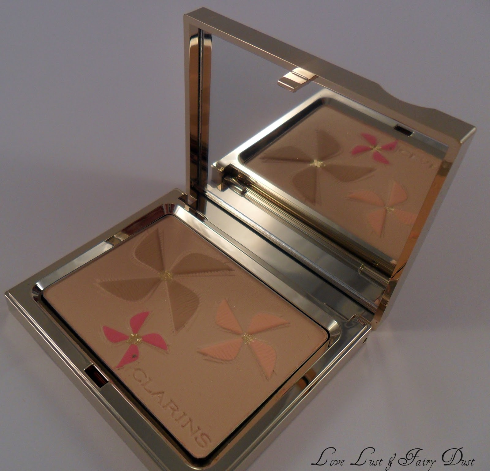 Clarins Colour Breeze Face and Blush Palette