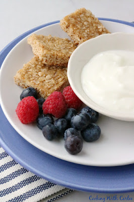 breakfast with berries, yogurt and oatmeal bars