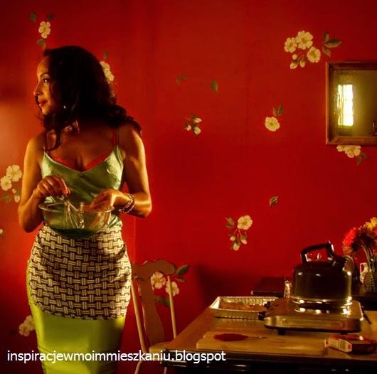 inspiracje w moim mieszkaniu: Retro kuchnia w teledysku Sade Babyfather/ Retro kitchen in the video Sade Babyfather