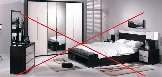 Cách đặt gương trong phòng ngủ họp phong thủy 05