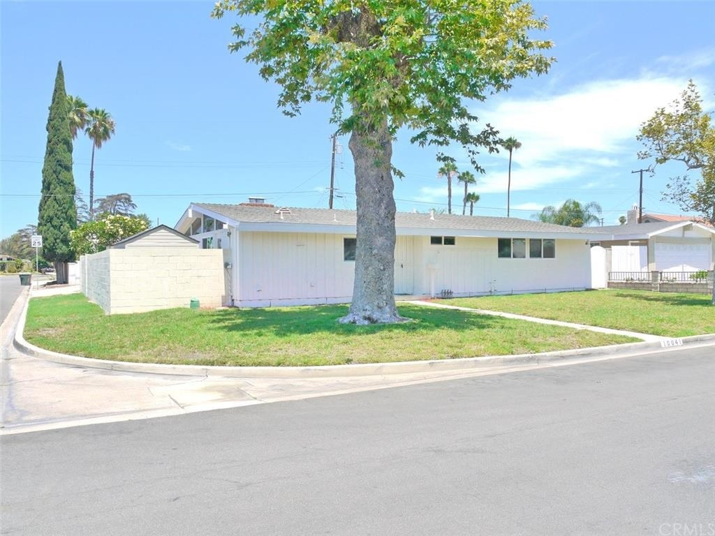 The Krisel Connection: 1954 Palmer & Krisel in Garden Grove For Sale ...