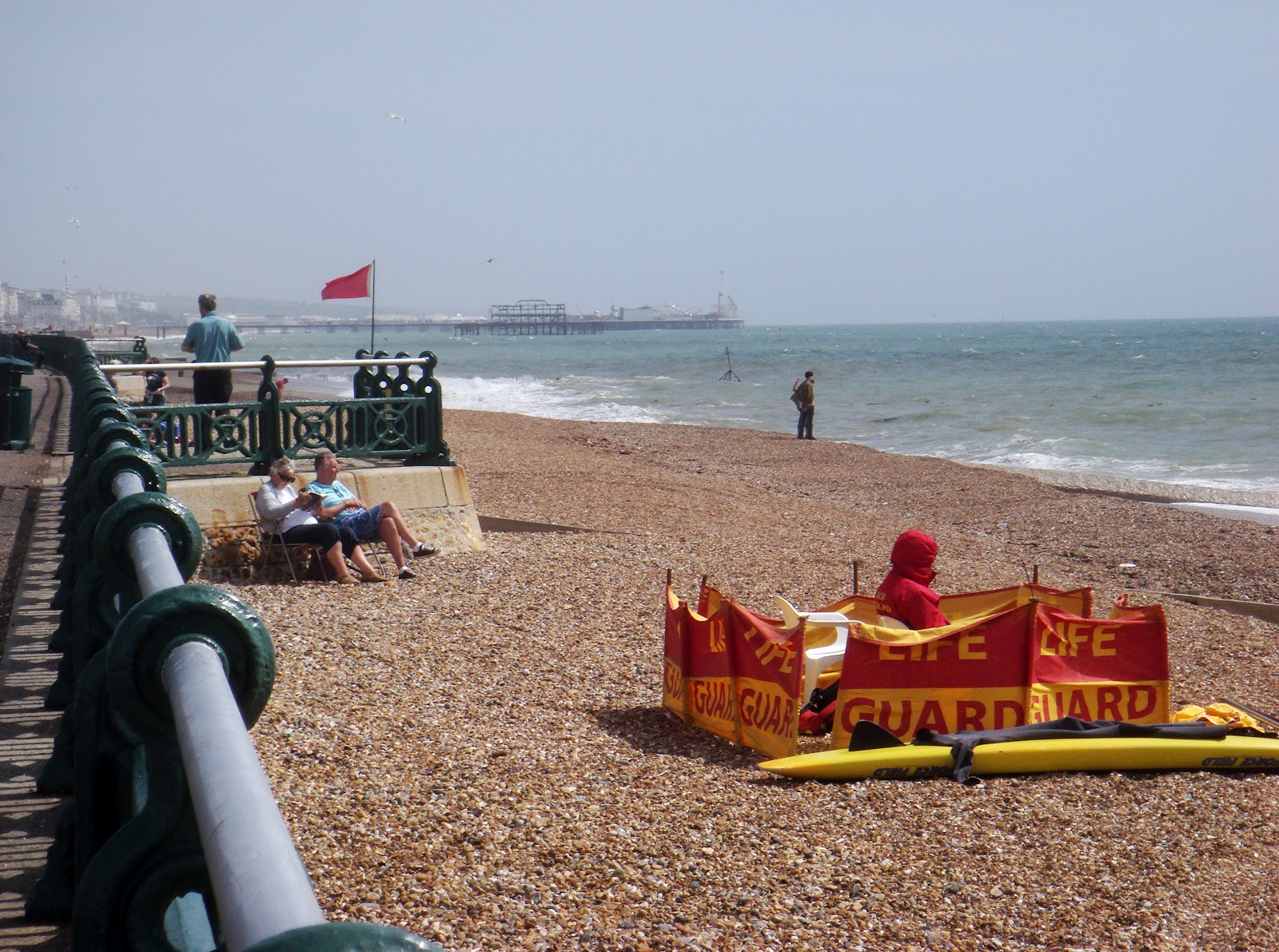 Hove daily photo life guard for Wibbo me