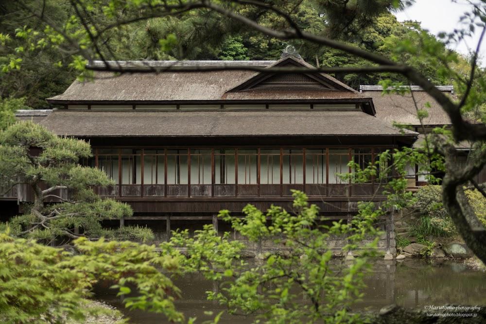 横浜市中区にある三渓園の重要文化財古建築