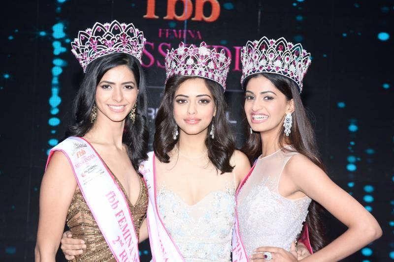 Smile Re: Miss World 2017 Manushi Chhillar HD Wallpapers Download