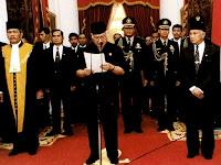 Jejak Mistis Perjalanan Dunia Spiritual Presiden Soeharto