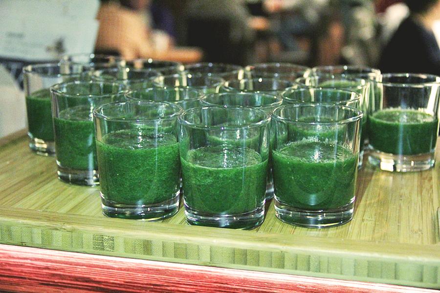 grün gemüse smoothie