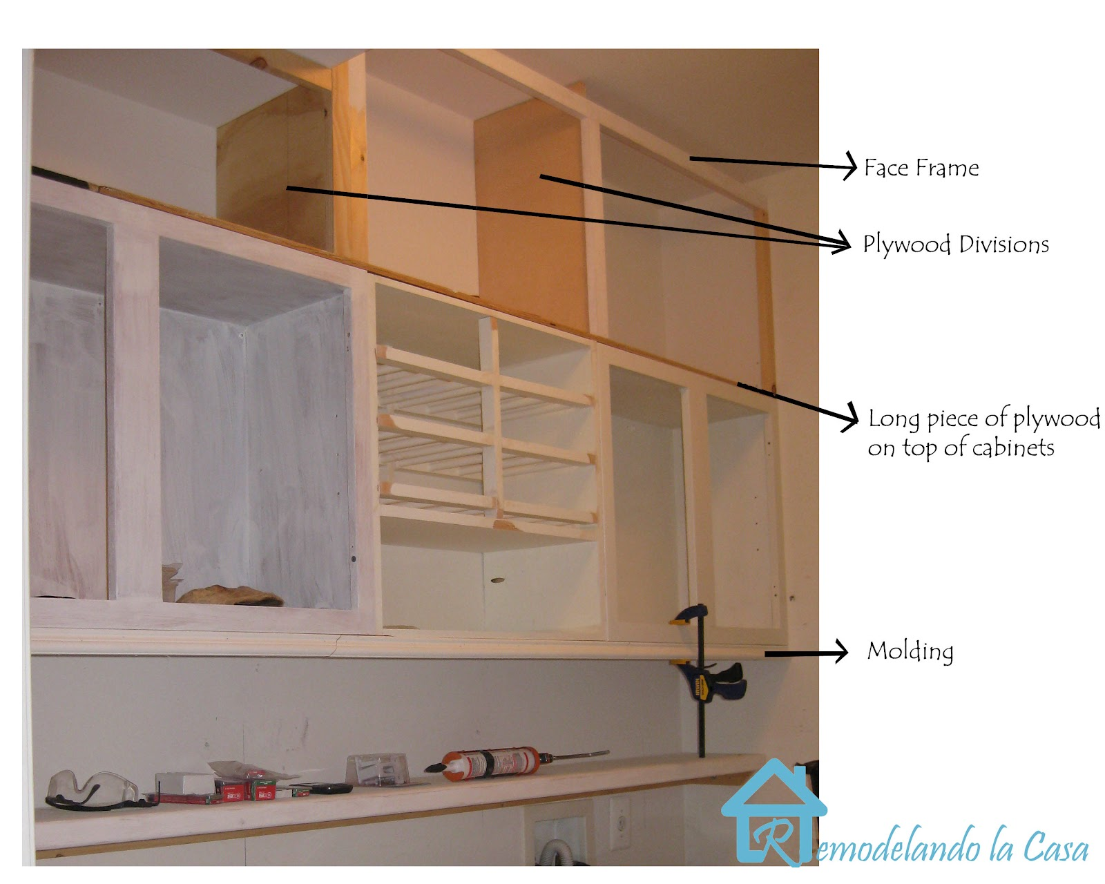 Diy Extend Kitchen Cabinets Building The Cabinets Up To The Ceiling Remodelando La Casa