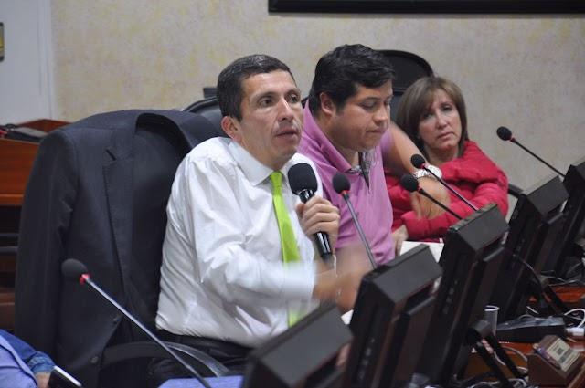Alcalde de Chía explica al Concejo Estatuto Tributario
