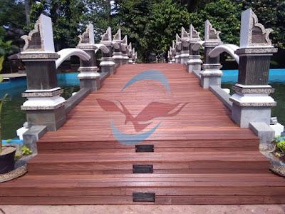 lantai kayu outdoor decking jembatan