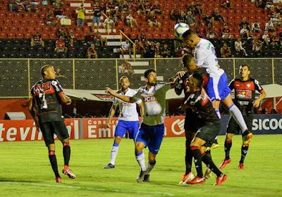 Vitória leva virada do São Bento no Barradão e afunda na Série B