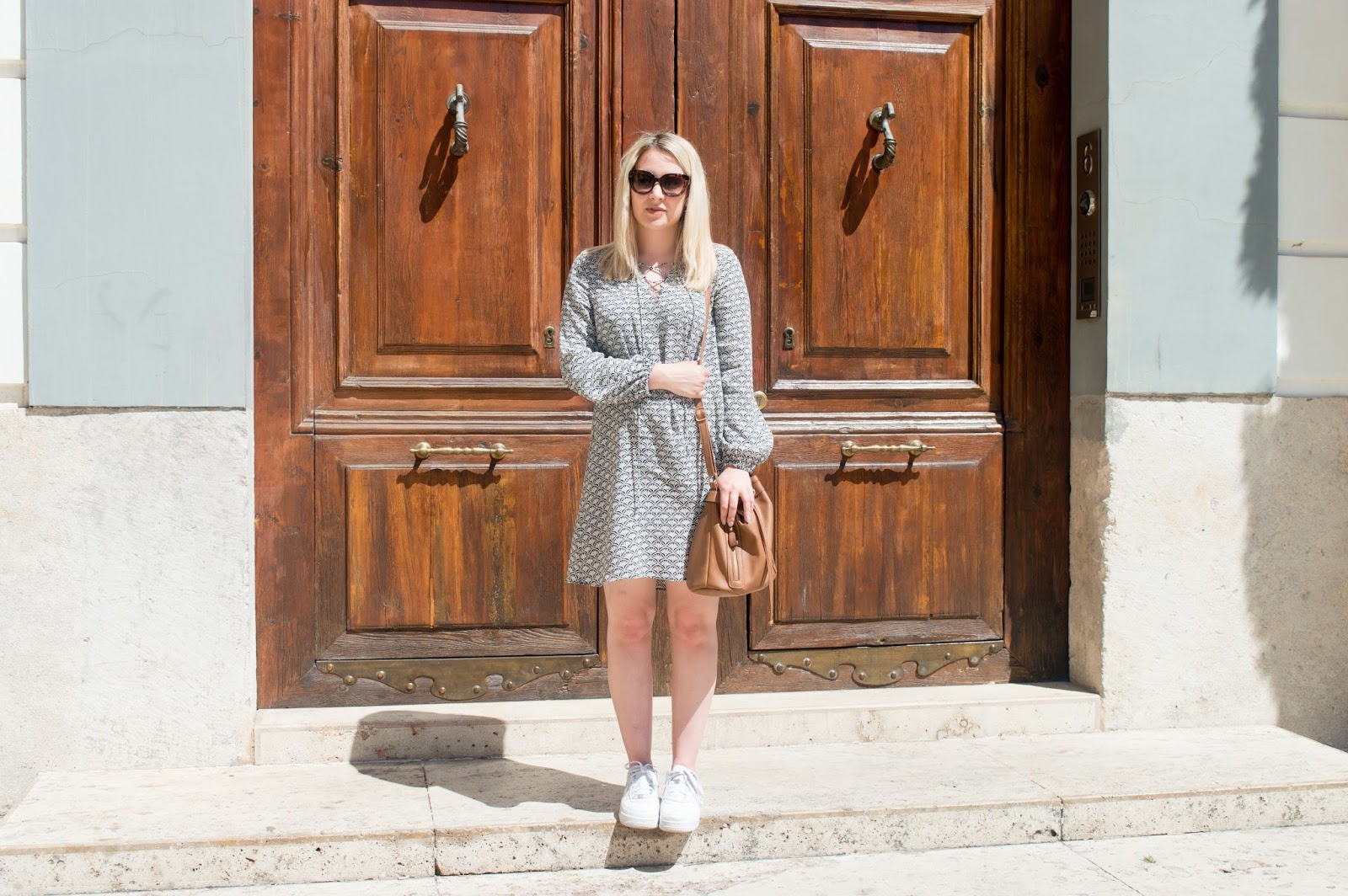 diary of a brit girl valencia outfit