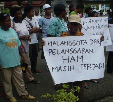 Gambar Pelanggaran Ham Contoh Pelanggaran Ham Di Indonesia >> Terbaru 2016 Suryo Prabudi Pelanggaran Ham Di Indonesia