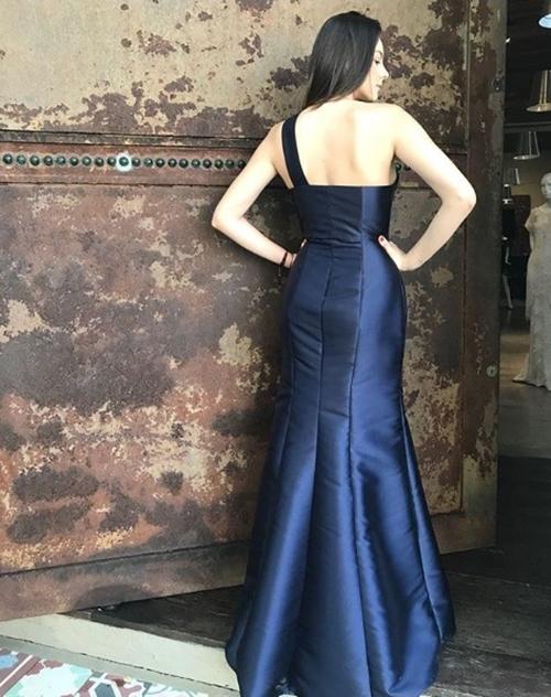 vestido de festa azul marinho longo