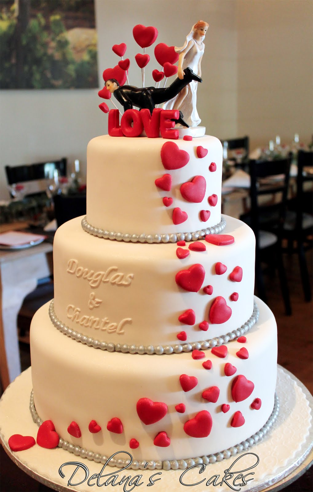 wedding cake with hearts delana s cakes hearts wedding cake 26905