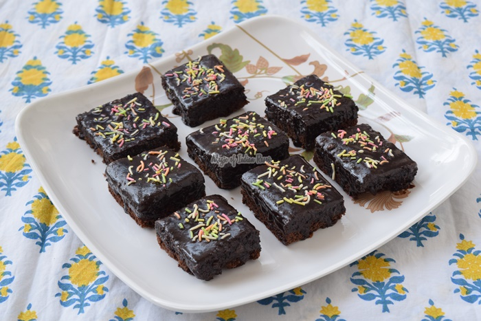 Perfect Eggless Fudge Chocolate Brownie - Priya R - Magic of Indian Rasoi