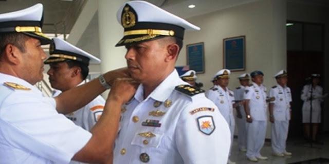 Mendengar Adzan Misterius Di Lautan, Nahkoda Asal Bali Ini Akhirnya Masuk Islam