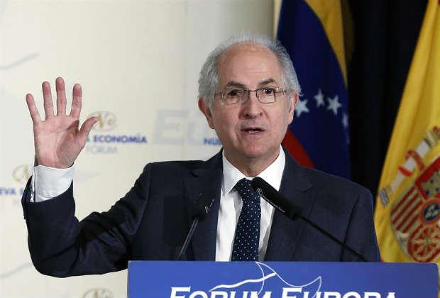 Antonio Ledezma denunció ante la OIT situación de los trabajadores de la Alcaldía Metropolitana