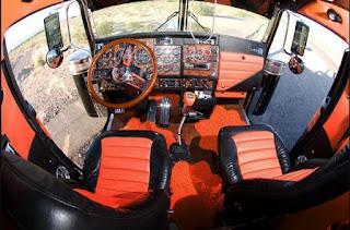 Peterbilt 379 Western Star Truck Interior Cabin