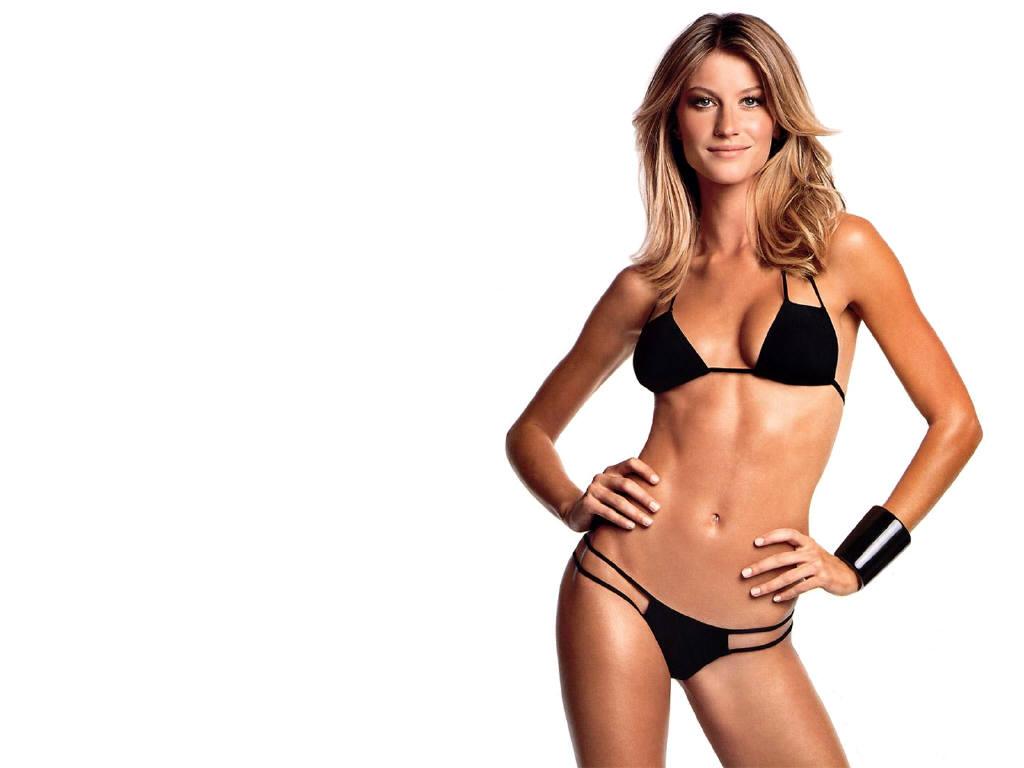 *Brazilian Style Bikinis:性感貼身曲線盡情撒野夏日海灘 1