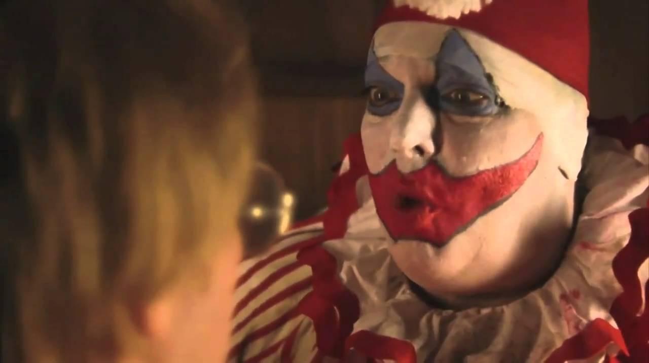 Gacy | 10 Filmes inspirados em serial killer da vida real