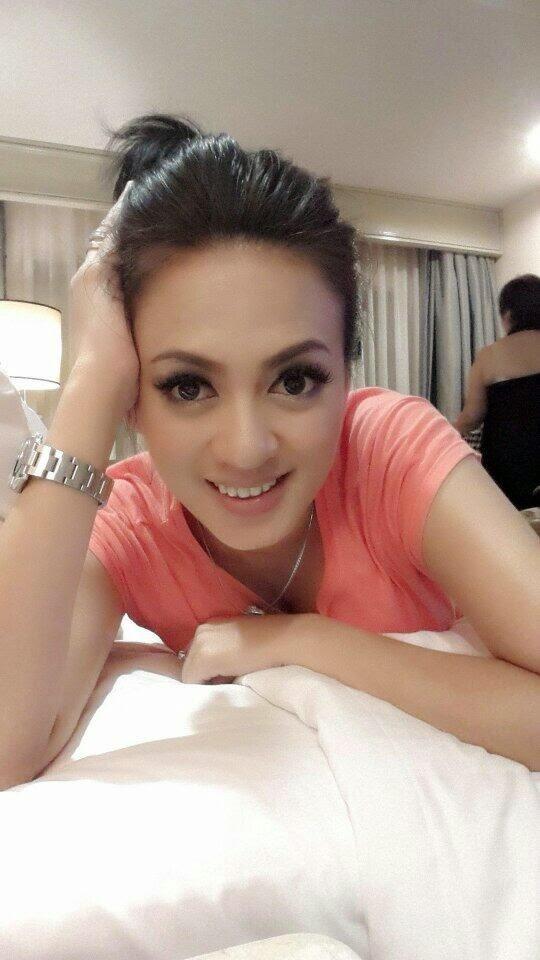 Image Result For Pricyla Neva Selfie Seksi Model Terbaru