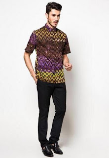 Baju batik slimfit untuk kerja elegan