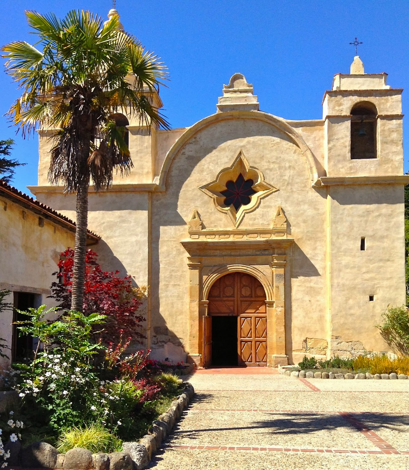 Spanish Colonial Architecture: EyeFinds: Big Sur And Beyond