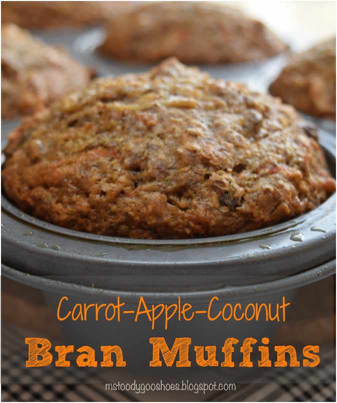 Carrot-Apple-Coconut Muffins -These healthy muffins are packed with good-for-you ingredients, and taste amazing! | Ms. Toody Goo Shoes