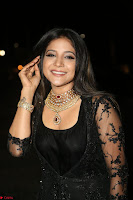 Sakshi Agarwal looks stunning in all black gown at 64th Jio Filmfare Awards South ~  Exclusive 124.JPG