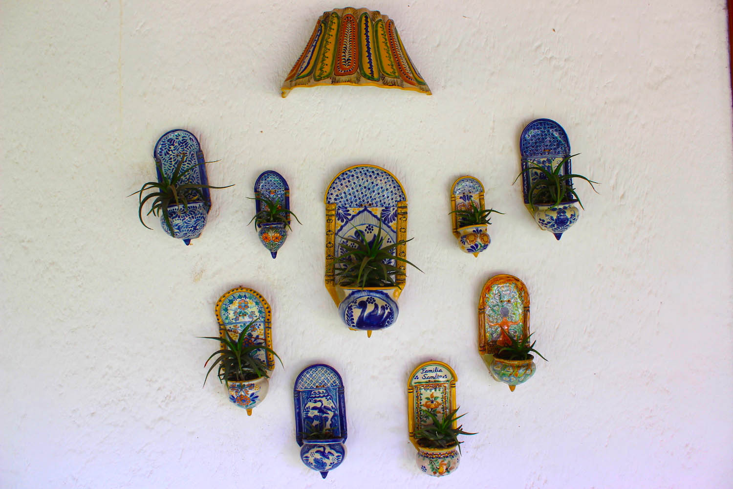 talavera ceramics potplants on wall