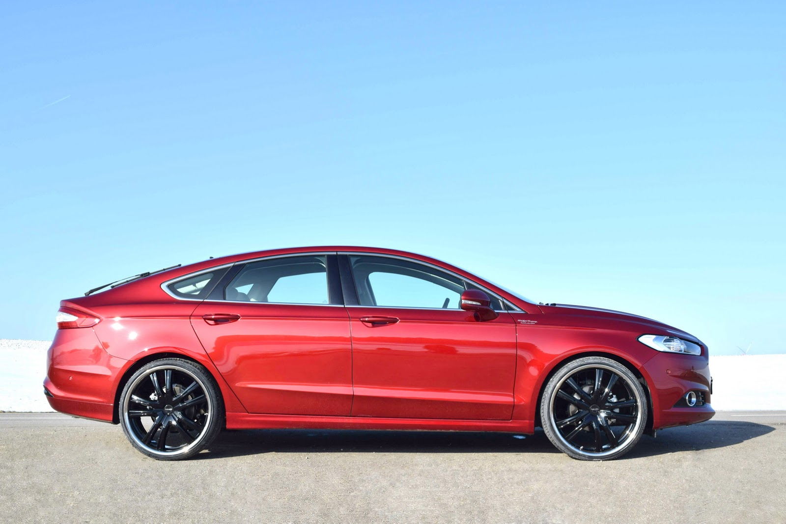 Too Much Loder1899 Gives New Ford Mondeo 22 Inch Wheels