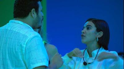 Victor Hugo e Manu discutem durante festa