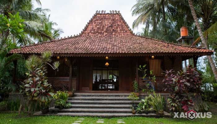 Gambar rumah adat Indonesia - Rumah adat Jawa Tengah atau Rumah Joglo