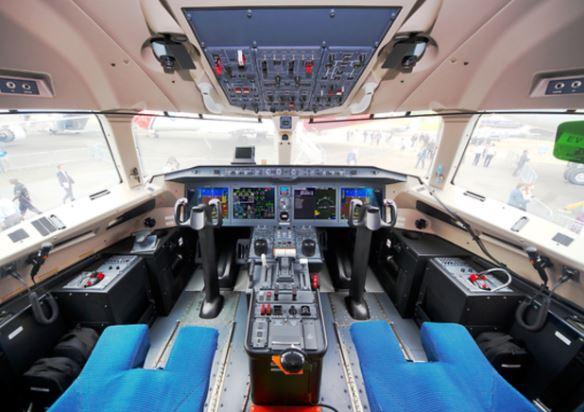 Mitsubishi MRJ cockpit