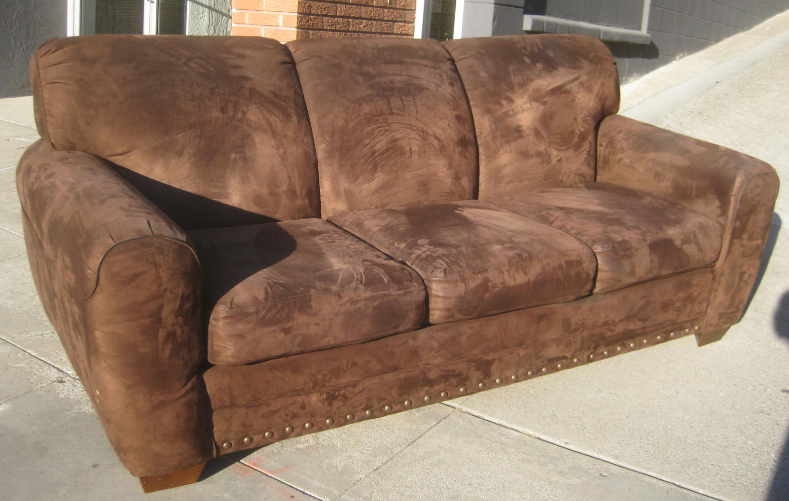 spray paint for leather sofa purple velvet uhuru furniture and collectibles sold chocolate