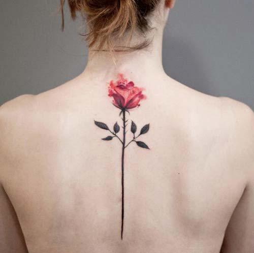 sırt pembe gül dövmesi back pink tattoo