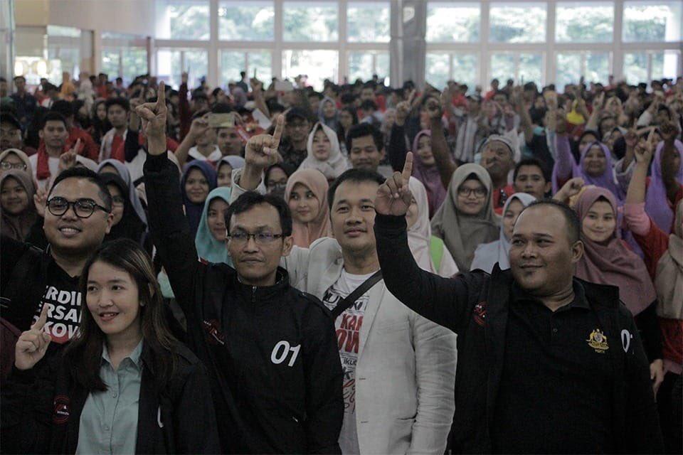 Hanung Sebar Hoaks, Foto Kampanye Prabowo Diklaim Kampanye Jokowi
